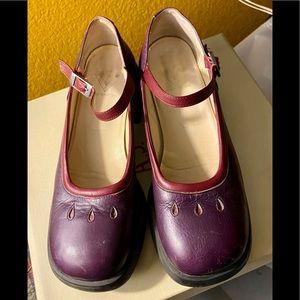 VINTAGE John Fluevog Purple Mary Janes 8.5 RARE 💜